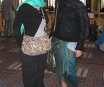 hannah-and-claire-in-the-blue-mosque