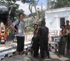 iain-pilgrims-and-nandi-2