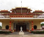 A Buddhist temple inside the China-Laos Friendship Association