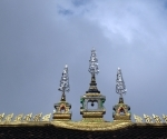 The roof of Wat Simuang